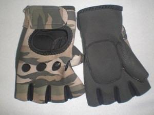 Перчатки для велосипедистов, материал: неопрен, цвет: камуфляж Коричневый Универсальный