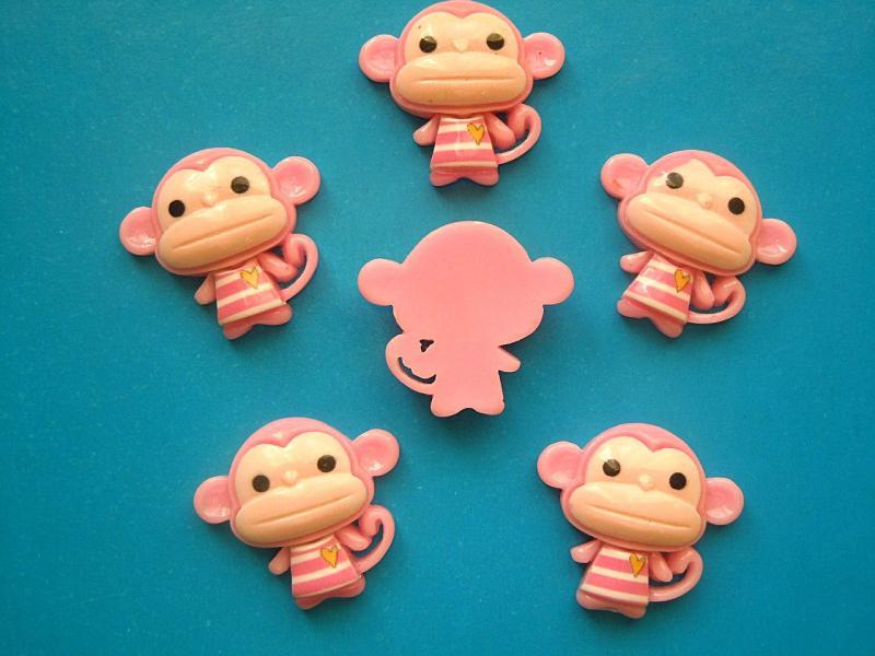 Фото Серединки ,кабашоны, Кабашоны детские мультики Кабашон   Обезьянка  23 * 25 мм.  Розового  цвета.