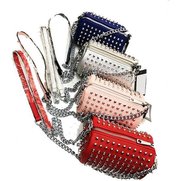 Женская сумка-клатч шипы  Артикул 230-003