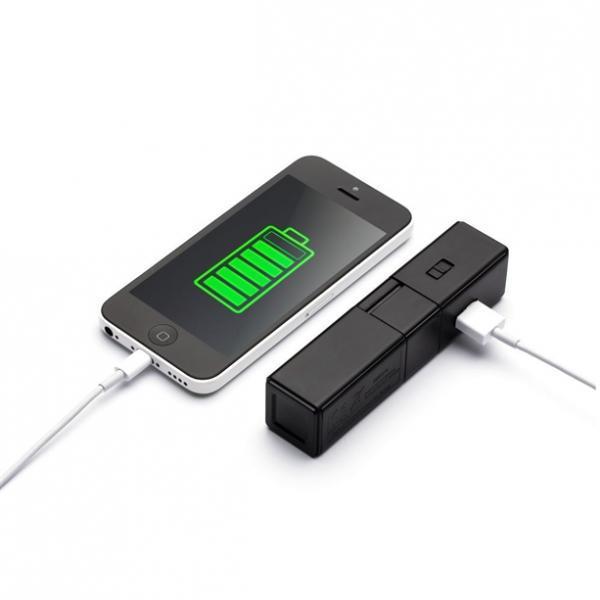 Внешний аккумулятор для мобильных устройств с фонариком
