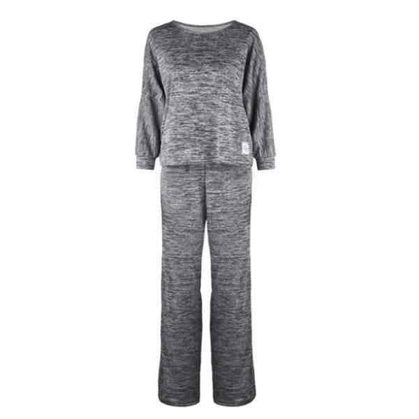 Комплект женской домашней одежды: джемпер, брюки