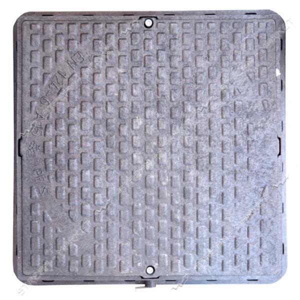 Люк квадратный 620*620 с замком пластик черный (1т) (размер крышки 610*610мм, высота люка h-80мм)