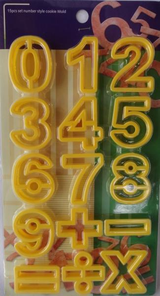 "Вырубка пластиковая ""Цифры"" набор 15 форм"