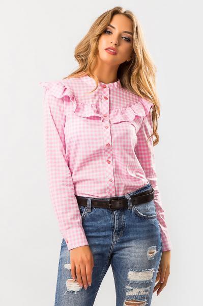 Розовая рубашка с рюшей