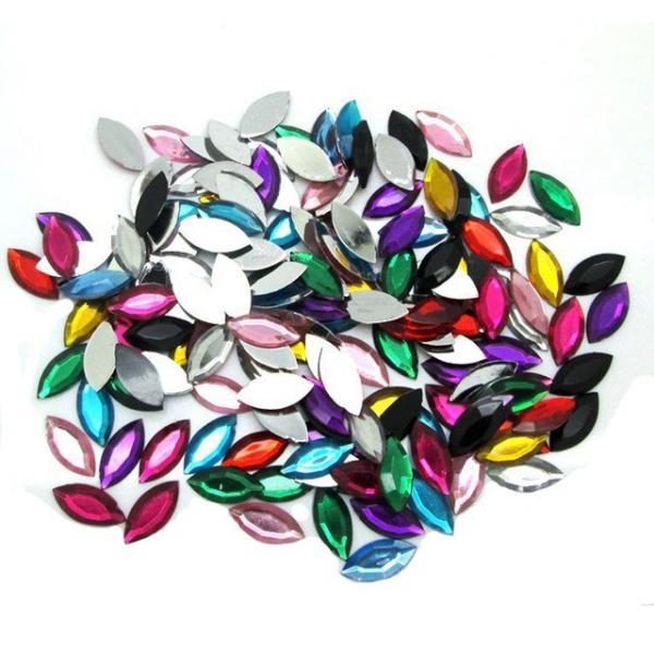 Фото Бусины ,полубусины ,стразы,.цветок.шина, тесьма пластик, Стразы  пластик, акриловые Стразы