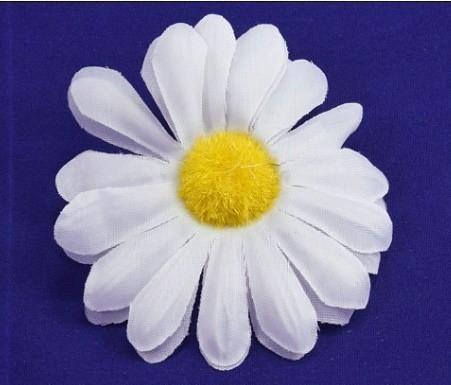 Ромашка тканевая белая 7,5 см.