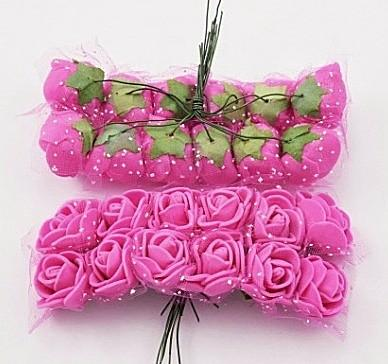 Фото Цветы искусственные, Роза латексная 2.5 см Роза  латексная  2 -  2,2 см ,   Ярко - Розовая  с  фатином.   упаковка  12  цветочков .