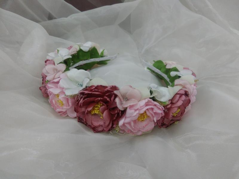Венок цветочный розовый