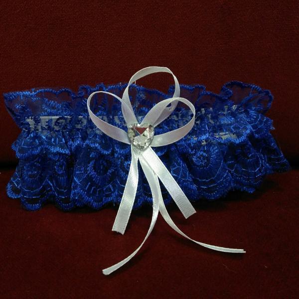 Свадебная подвязка для невесты синяя с белым