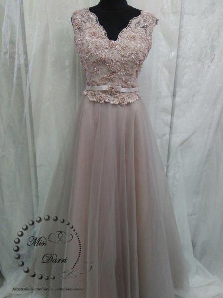 Вечернее выпускное платье длинное цвета кофе с молоком