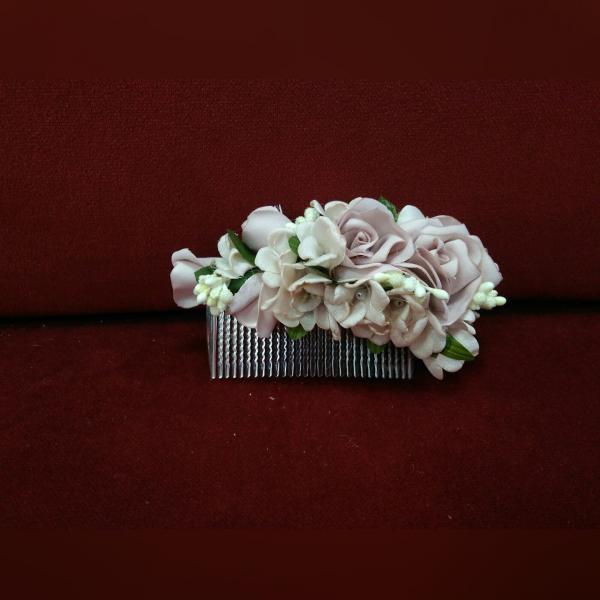 Гребешок для волос с цветами пудровый