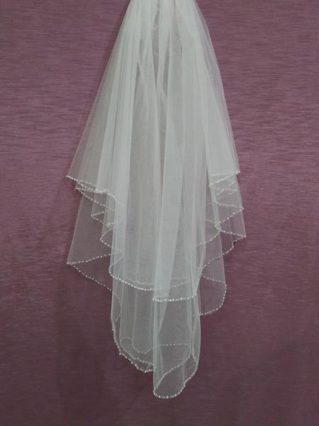 Свадебная фата белая расшитая бисером