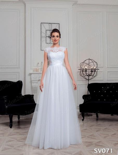 Легкое непышное свадебное платье Елизавета