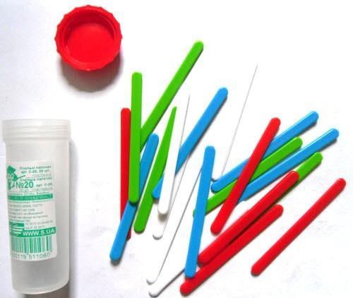 Лічильні палички №20 пластикові, різнокольорові, 20 штук у пластмасовій тубі