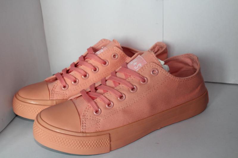 Подростковые кеды на шнуровке розового цвета на шнурках  Розовый
