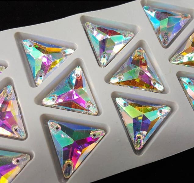 Треугольники Crystal AB 22*22 мм