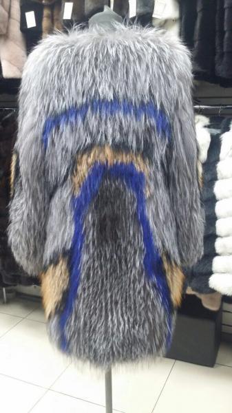 Шуба из вязаной чернобурки
