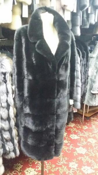 Пальто из норки, черное