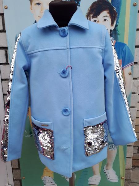 Кашемировое пальто с пайетами на девочку 146