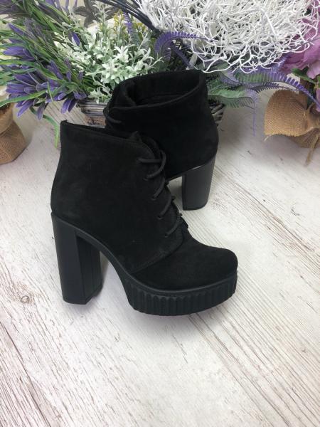 Ботинки на каблуке натуральные