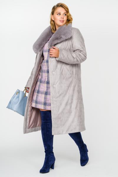 Утепленное зимнее пальто большого размера