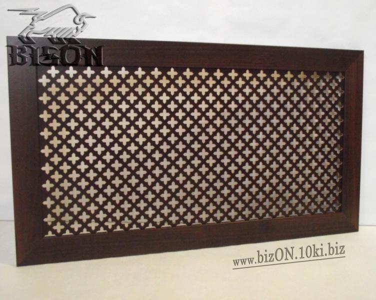 Фото Решетки ПВХ и Экраны ХДФ (МДФ) для радиаторов отопления и декора Декоративный экран на батареи «КОЛУМБИЯ», 600 х 300 мм, из перфорированного ХДФ (МДФ), цвет – Венге (темно-коричневый)