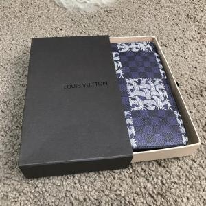 Фото Портмоне и кошельки Louis Vuitton Zippy Organiser LV League