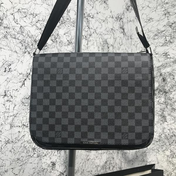 Messenger Louis Vuitton District MM Damier Graphite