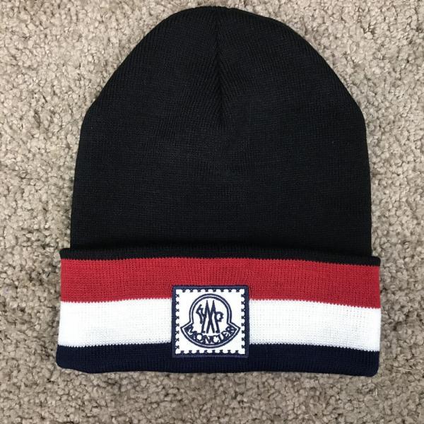 Moncler Winter Hat Tuft Black