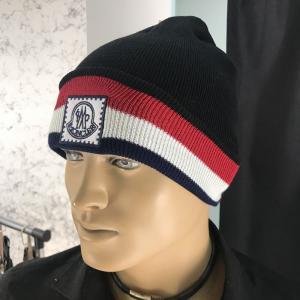Фото  Moncler Winter Hat Tuft Black