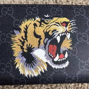 Фото Портмоне и кошельки Gucci Wallet Tiger GG Supreme Black Zip Around