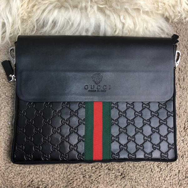 Messenger Gucci Flap GG Supreme Web Black