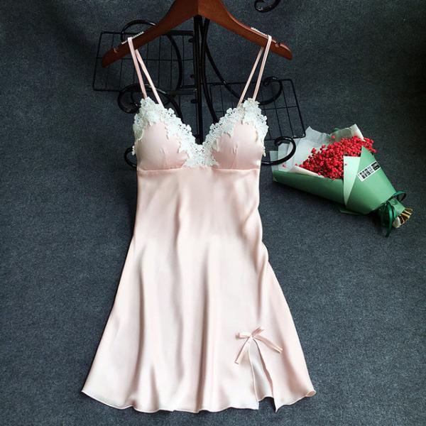 """Ночная сорочка с чашками """"Нежно-розовая"""" размер М"""