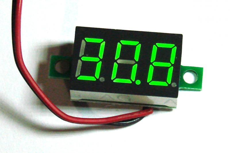 Цифровой вольтметр зелёный DC 4,7....32.0 В переменная точка