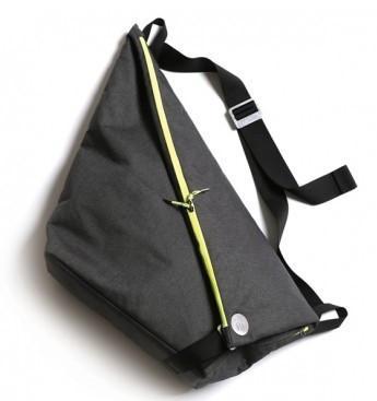 Спортивная сумка Xiom Cevian Messenger