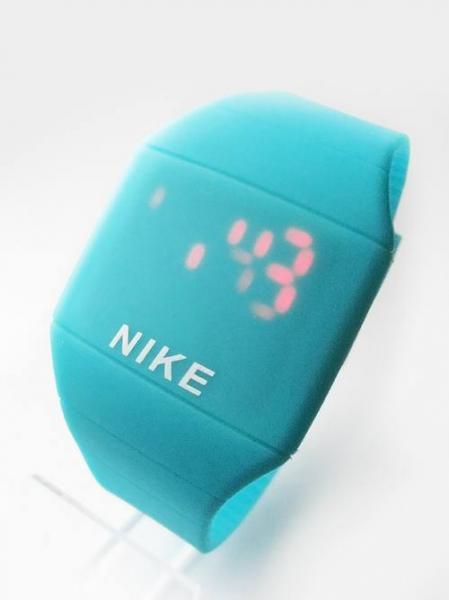 Nike (N2)