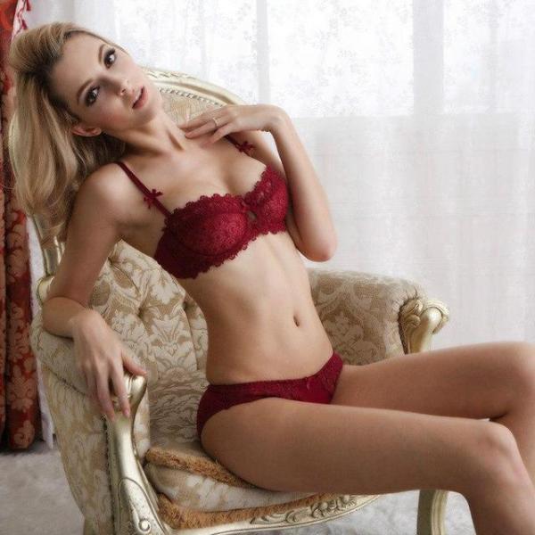 Фото Комплекты женского нижнего белья, Без эффекта push-up Комплект женского кружевного нижнего белья