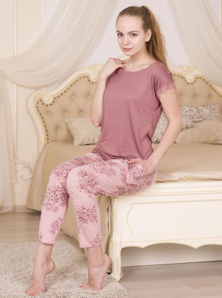 Пижама из вискозы с брюками