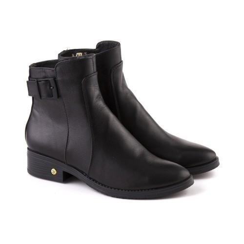 Кожаные черные ботинки осенние