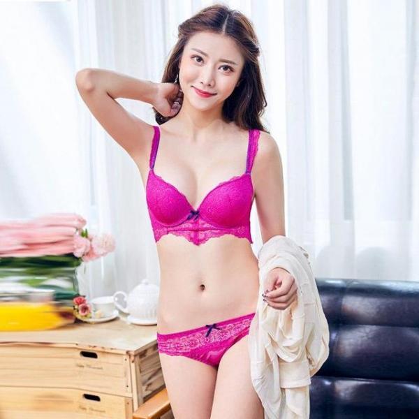 """Комплект женского нижнего белья """"Ультра розовый"""" размер 75В"""