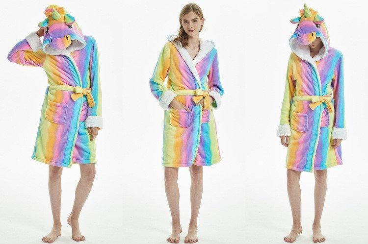 Фото Махровые халаты и кигуруми Женский халат махровый банный