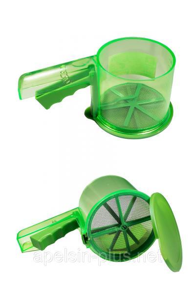 Кружка-сито для просеивания муки пластиковая