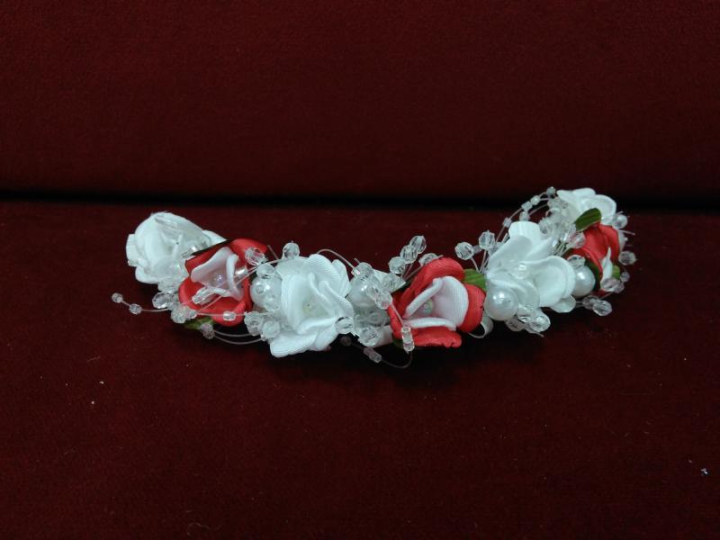 Веточка на голову белая с красным