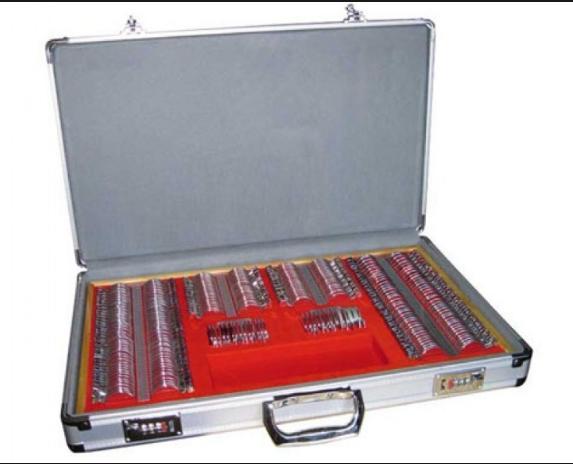 Мелицинский набор пробных линз, на 266 штук