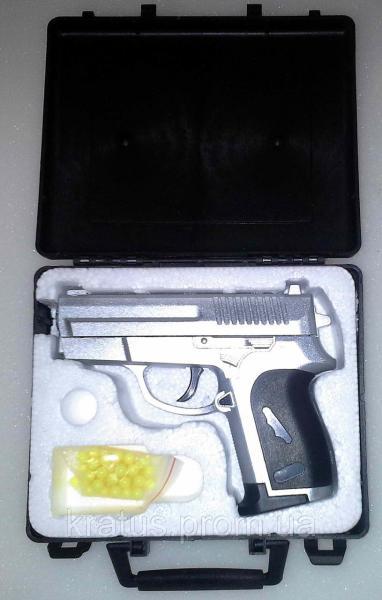 Пистолет металлический ZM 01А в кейсе