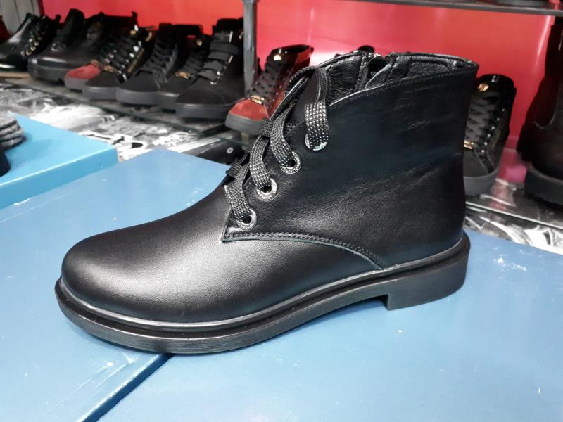 Ботинки женские кожаные на шнурках! Украина