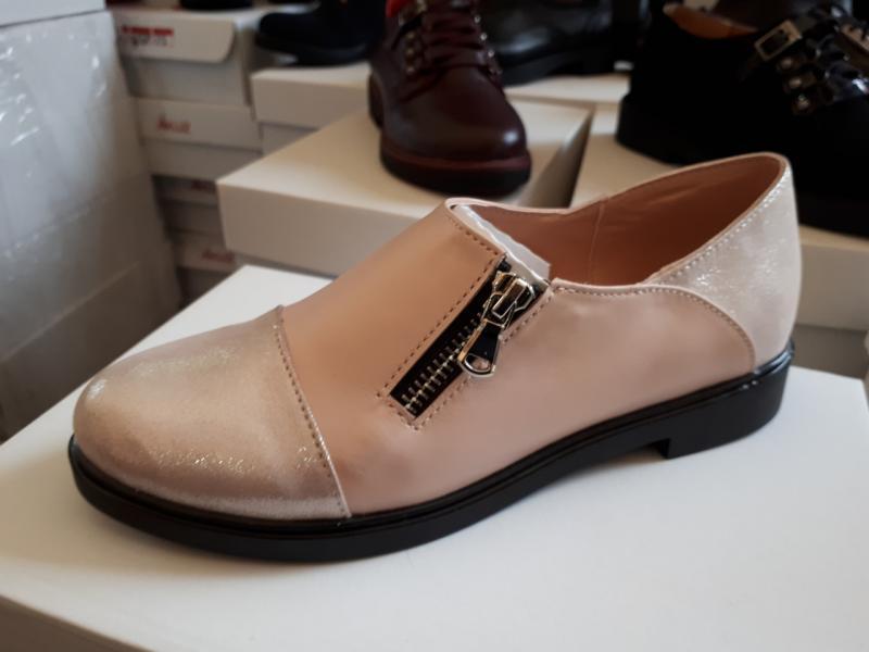 Туфли женские из натуральной кожи. Украина