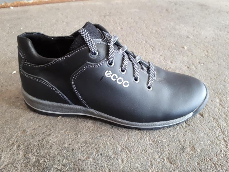 Подростковые кожаные кроссовки ECCO. Украина