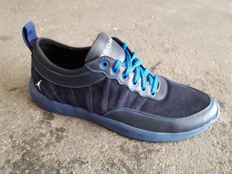Мужские кожаные кроссовки Jordan. Украина