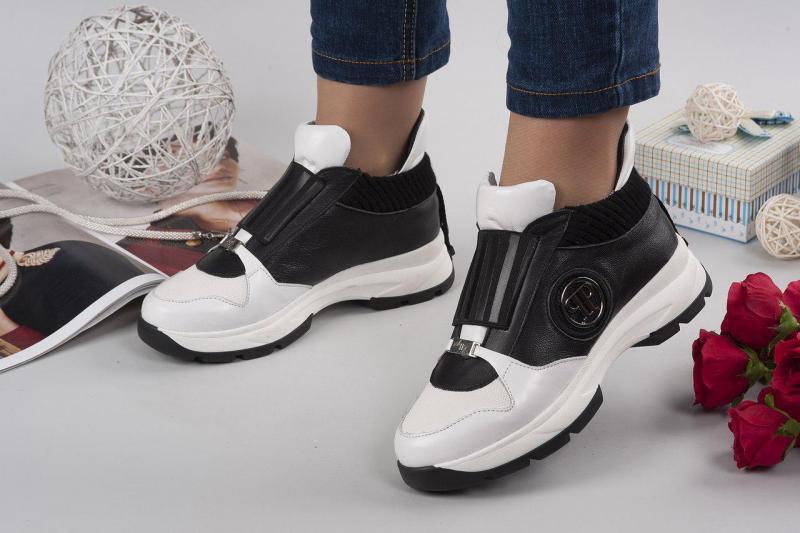 Кроссовки в стиле P&P. Украина